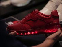 lenovo-smart-shoes-tech-world-2016-8.0-700x467